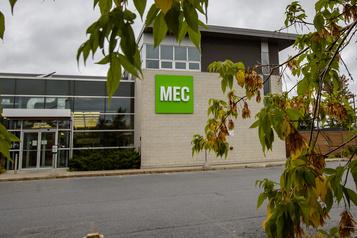 MEC ne veut pas reporter sa vente à Kingswood)