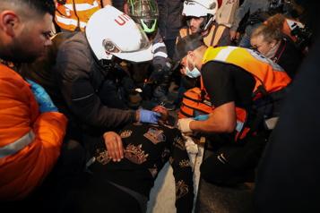 Plus de 120blessés lors d'affrontements nocturnes à Jérusalem)