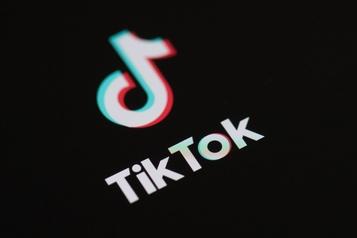 Face aux ennuis de TikTok, ses concurrents ont l'eau à la bouche)