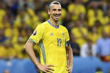 À quelques mois de l'Euro, Ibrahimovic s'ennuie de l'équipe de Suède )