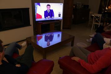COVID-19 en France Emmanuel Macron allège le confinement et appelle à la responsabilité)