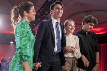 Justin Trudeau obtient un troisième mandat «Regardons vers l'avenir»)