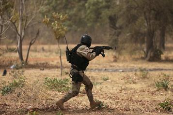 Djihad au Burkina: massacre de civils au nord, six militaires tués au sud