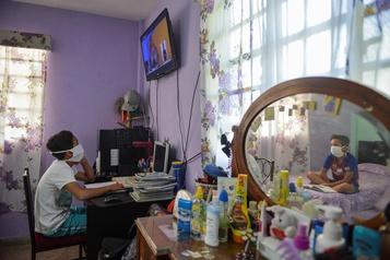 La télévision cubaine devient salle de classe en temps de pandémie)