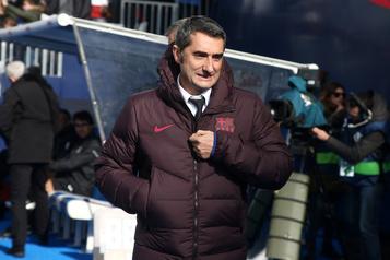 Le FC Barcelone remercie son entraîneur