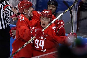 L'attaquant russe Alexander Barabanov sous contrat avec les Leafs