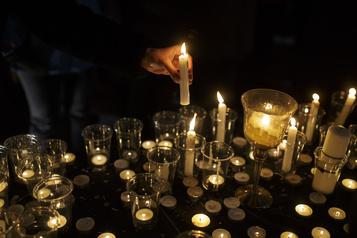 Écrasement en Iran: une minute de silence sur les campus canadiens