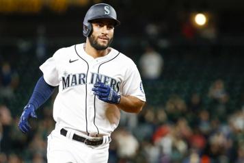Échangé aux Mariners Un circuit pour les Astros, puis contre les Astros pour Abraham Toro)
