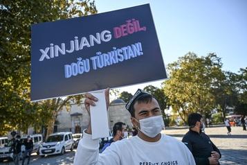 Ouïghours La Chine fustige des élus américains l'accusant de «génocide»)