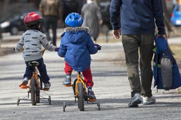 L'activité physique à la petite enfance serait bénéfique pour les garçons)