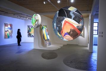 Galerie Art mûr Trevor Kiernander: expressif et rayonnant)