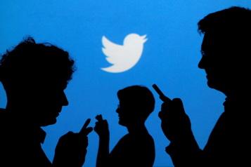 Twitter teste le magasinage en direct)