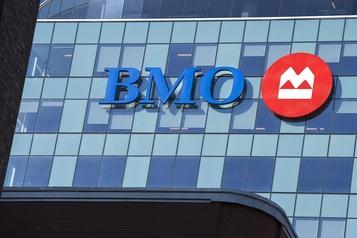 Le bénéfice de BMO chute de 54% à 689millions)