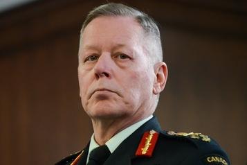 Le ministre de la Défense soutient le général Vance