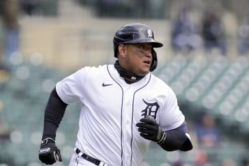Tigers de Detroit Miguel Cabrera sur la liste des blessés pour 10jours )