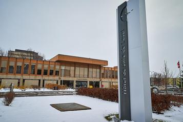 L'hôtel de ville de Laval déménage jusqu'en 2024