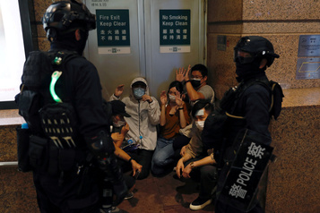 Loi sur la sécurité: le barreau de Hong Kong «profondément préoccupé»)