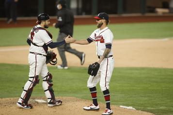 Les Braves dominent Clayton Kershaw et les Dodgers10-2)