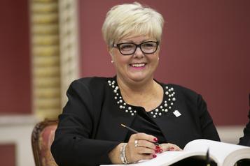 Parité au conseil des ministres  Legault accusé de trahir sa promesse faite aux femmes)