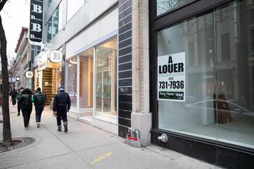 Le nombre de fermetures d'entreprises a diminué en août au Canada)