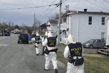 Thetford Mines La GRC perquisitionne un laboratoire de drogues «clandestin» )