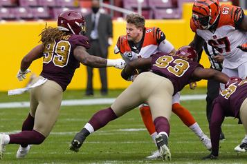Bengals de Cincinnati Le quart Joe Burrow a été opéré au genou gauche)