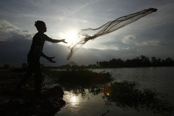 COVID-19: le Cambodge réclame un dépôt de 3000$ aux touristes)