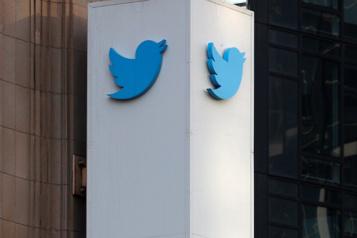 Twitter lance Birdwatch pour que ses utilisateurs combattent la désinformation)