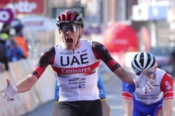 Course Liège-Bastogne-Liège Tadej Pogacar l'emporte, Michael Woods finit cinquième)