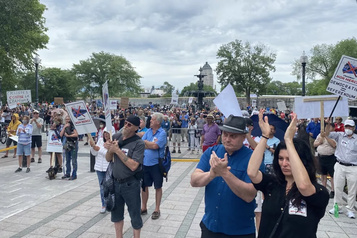 Manifestation contre le tramway: «Le projet va saccager la ville de Québec»)