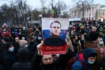Soutien à Alexeï Navalny Le Kremlin minimise l'importance des manifestations, accuse Washington)