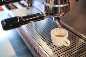 Étude Le café favorise la vigilance au volant)