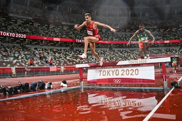 Athlétisme Le Marocain El Bakkali champion olympique du 3000m steeple)