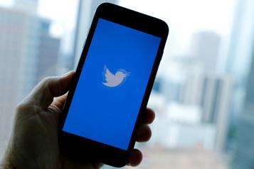 Des messages préventifs sur les élections américaines sur Twitter)