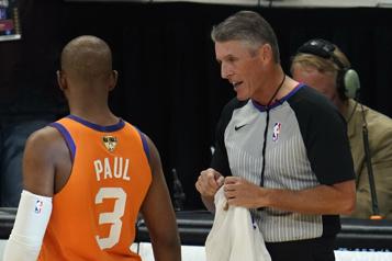 Les arbitres de la NBA devront être vaccinés cette saison)