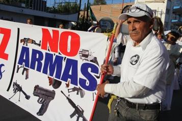Le Mexique poursuit des fabricants d'armes américains)