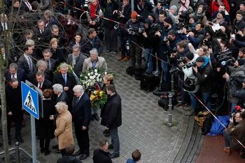 L'Allemagne, sous le choc, se recueille après les tueries racistes de Hanau