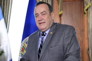 Le Guatemala accuse les États-Unis de ne pas être un allié dans la lutte contre la COVID-19)