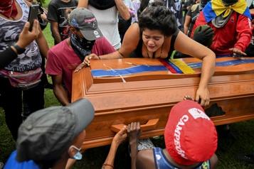Crise en Colombie Le gouvernement enquêtera sur 21homicides)