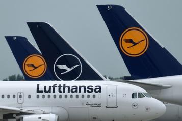 Lufthansaréalise une perte nette de 3,6 milliards d'euros en six mois )