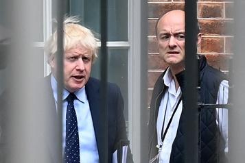 Royaume-Uni Boris Johnson aurait qualifié son ministre de la Santé de «putain de nul»)