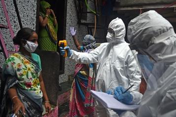 Le bilan de la pandémie dans le monde: plus de 549 000 morts)