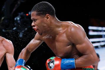 Boxe Haney conserve facilement sa couronne WBC des légers face à Gamboa)