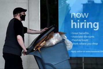 États-Unis: 2,12 millions de nouveaux inscrits au chômage en une semaine)