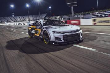 NASCAR dévoile la prochaine génération de ses bolides)