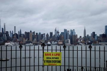 COVID-19: 300000 cas recensés aux États-Unis, plus de 8000 morts
