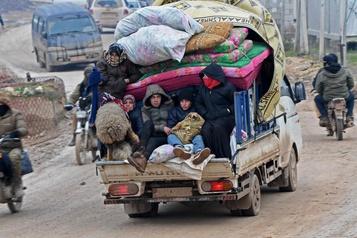 Syrie : 900000 civils fuient la violence, «des bébés meurent de froid»