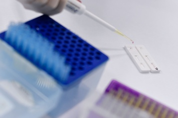 COVID-19: la Russie prête à tester des vaccins sur les humains dès juin