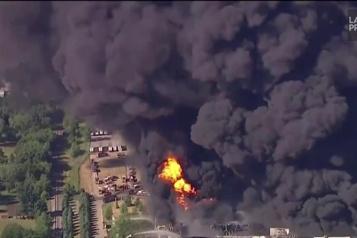 Illinois Importante explosion dans une usine de produits chimiques )