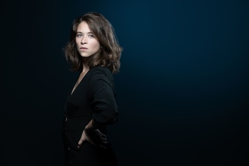 Emma Becker récompensée pour son roman La maison